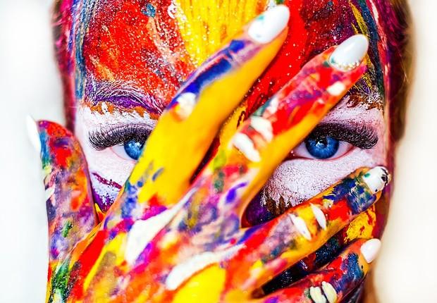 A forma de ver as cores pode mudar dependendo do idioma que você fala