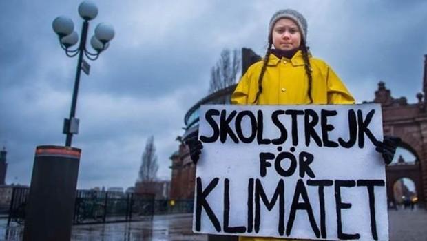 Greta Thunberg, 16 anos, se tornou um rosto conhecido na Europa pelas campanhas por empenho maior em defesa do clima (Foto: Getty Images)