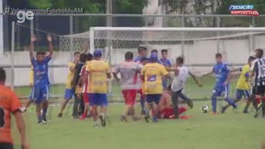 """Espancado em jogo do juvenil revela """"medo de morrer"""" e cogita deixar futebol"""