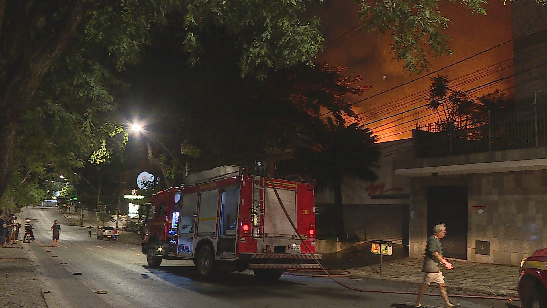 Incêndio destrói buffet na Região Central de Belo Horizonte