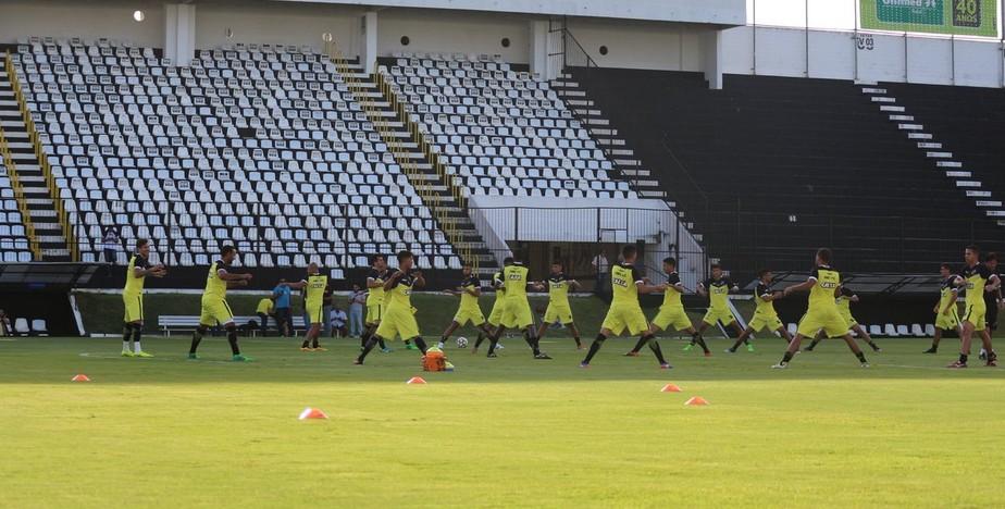 Após fim da greve, ABC retorna aos treinos e define time para encarar o Londrina