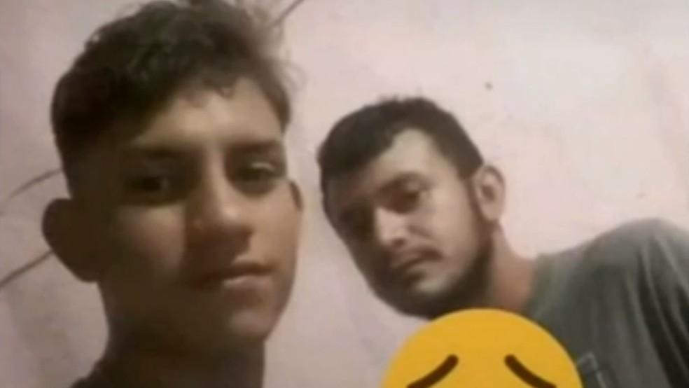 Os corpos de Erenilson e Guilherme foram encontrados no topo da Serra do Cruzeiro, em Itaitinga, no Ceará. — Foto: Arquivo pessoal
