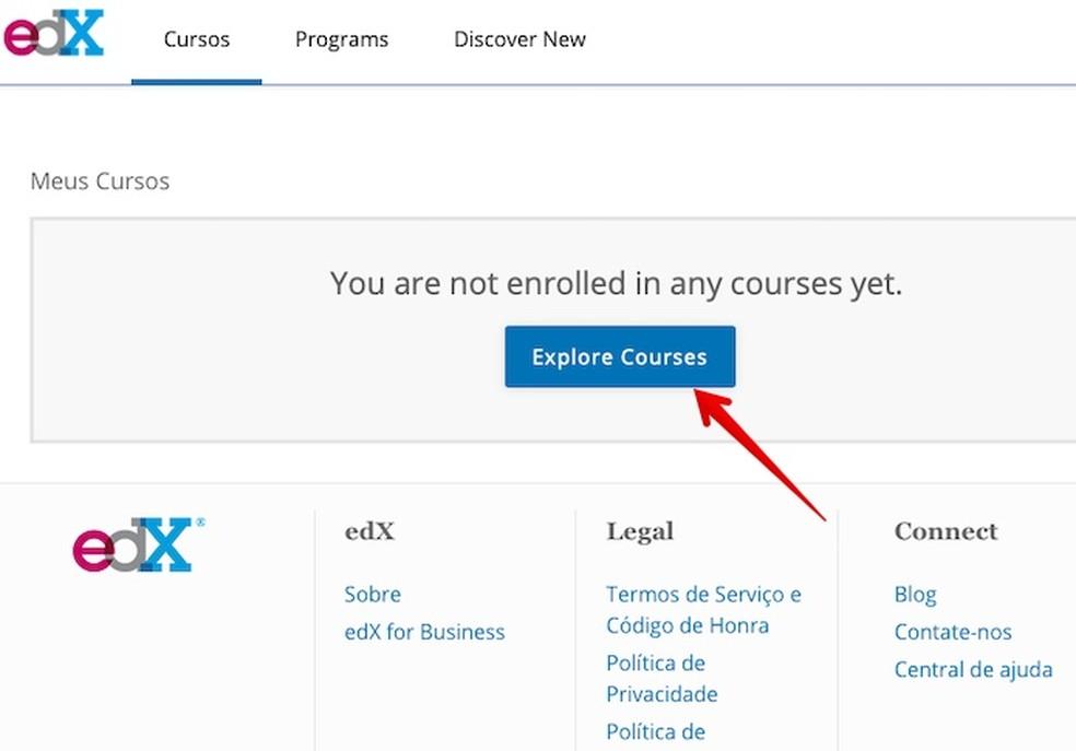 Clique sobre o botão indicado para acessar o catálogo de cursos — Foto: Reprodução/Helito Beggiora