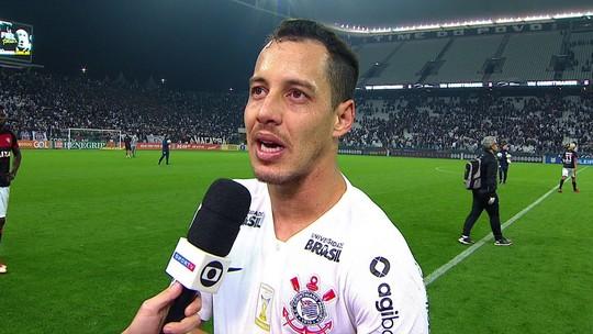 Rodriguinho pede concentração ao Corinthians e lamenta dificuldades em finalizações