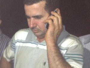 Salomão Batista Freitas, pai de duas vítimas do acidente com monomotor em Acreúna, Goiás (Foto: Elisângela Nascimento/G1)