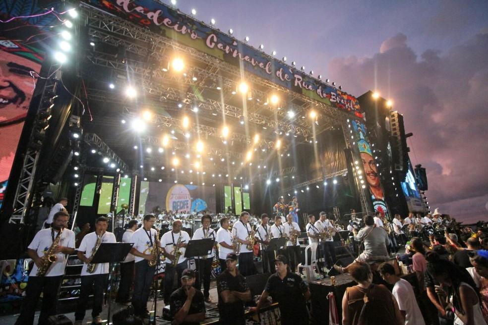 Orquestrão de Maestro Spok encerrará o carnaval do Recife, na madrugada e manhã desta quarta-feira (14) (Foto: Aldo Carneiro/Pernambuco Press)