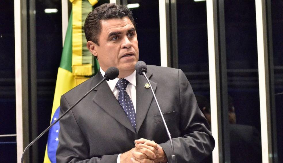 Wilson Santiago durante pronunciamento no Congresso Nacional — Foto: Divulgação