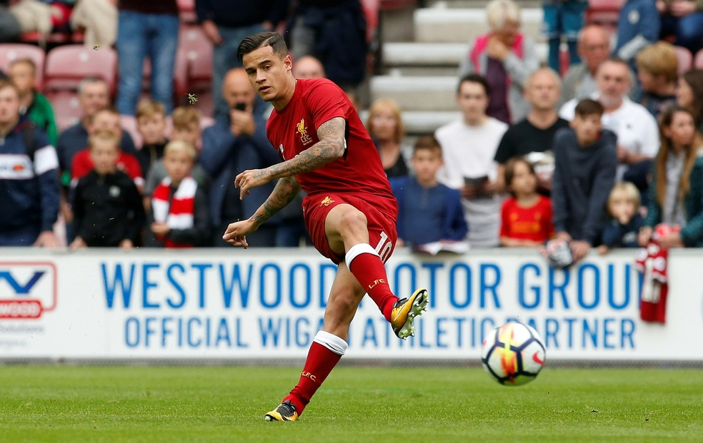 Philippe Coutinho segue com futuro indefinido no Liverpool (Foto: Reuters)