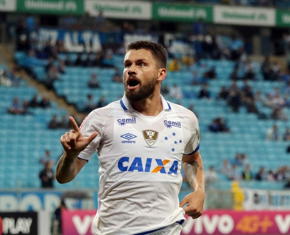 Rafael Sobis revela jogos no sacrifício para ajudar Cruzeiro na Copa do Brasil
