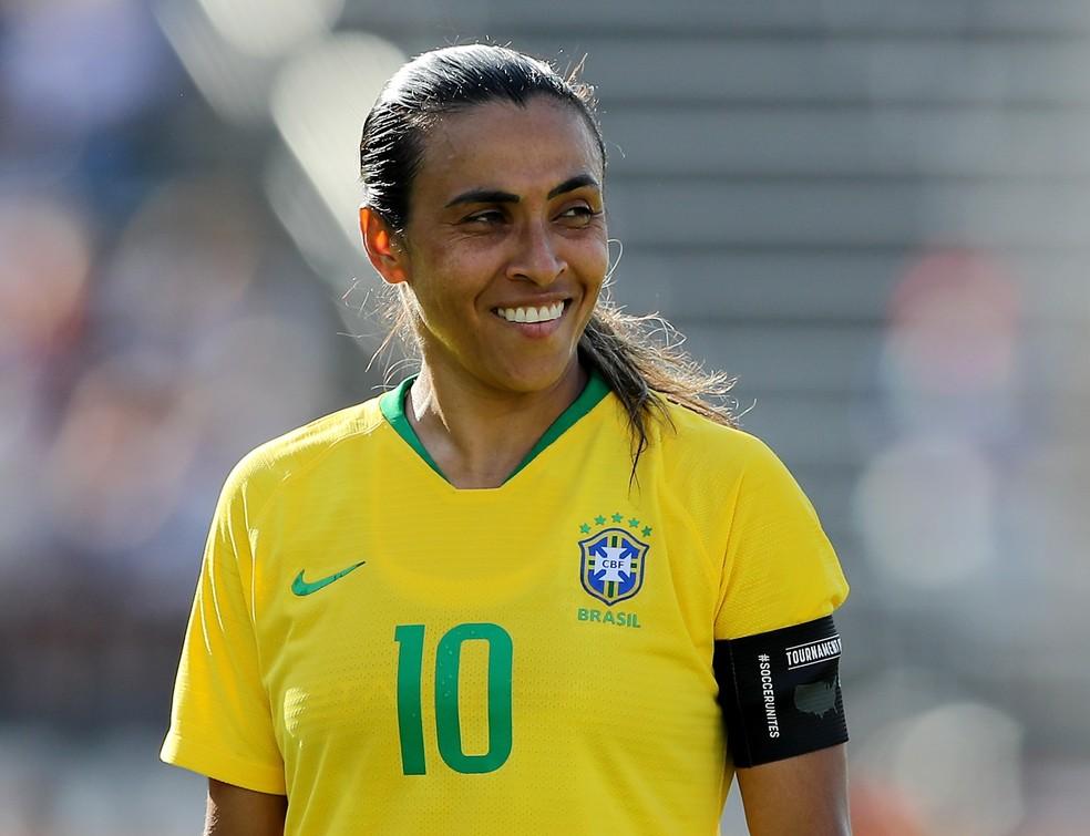 Marta em ação com a camisa da seleção brasileira — Foto: Elsa / Getty Images