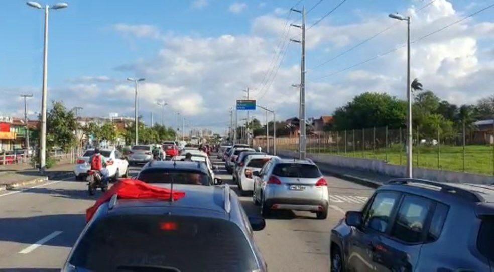 Carreata em Fortaleza contra o presidente Jair Bolsonaro. — Foto: Sistema Verdes Mares