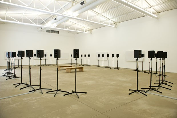 The Forty part motet, obra que pertence ao acervo de Inhotim