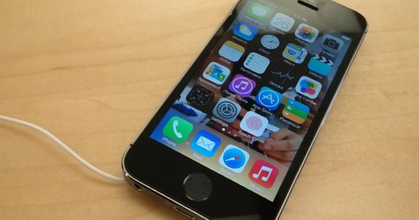 iPhone 5C e 5S chegam ao Brasil no dia 22, confirmam operadoras