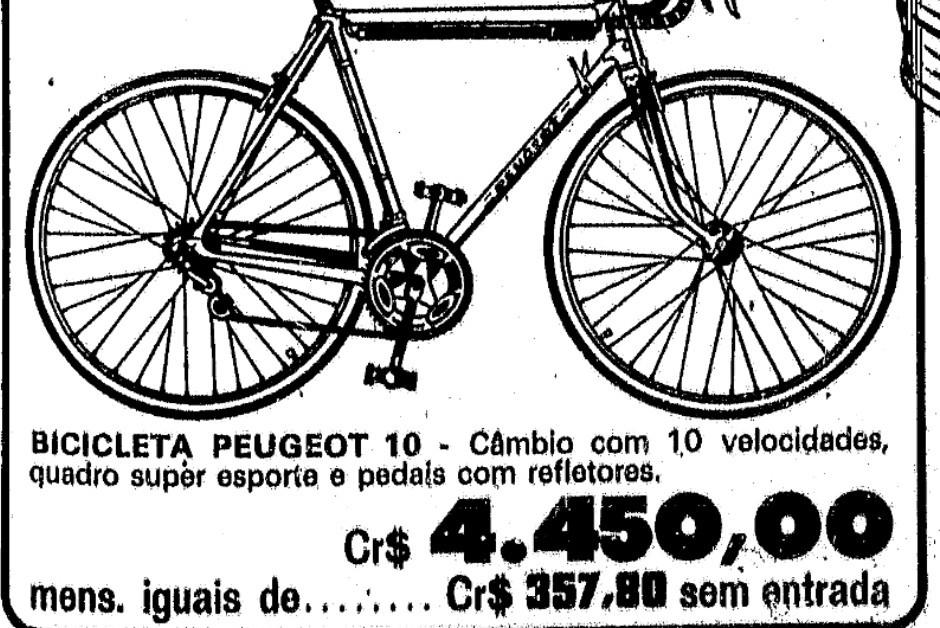Anúncio em jornal de época: bikes Peugeot eram mais caras pois componentes eram importados da França  (Foto: Divulgação/MIAU)