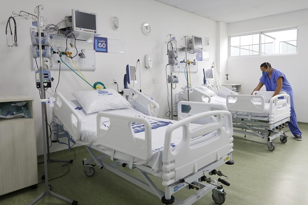 Cirurgias eletivas são suspensas para reservar leitos para doentes de Covid-19, segundo o governo — Foto: Hélia Scheppa/SEI