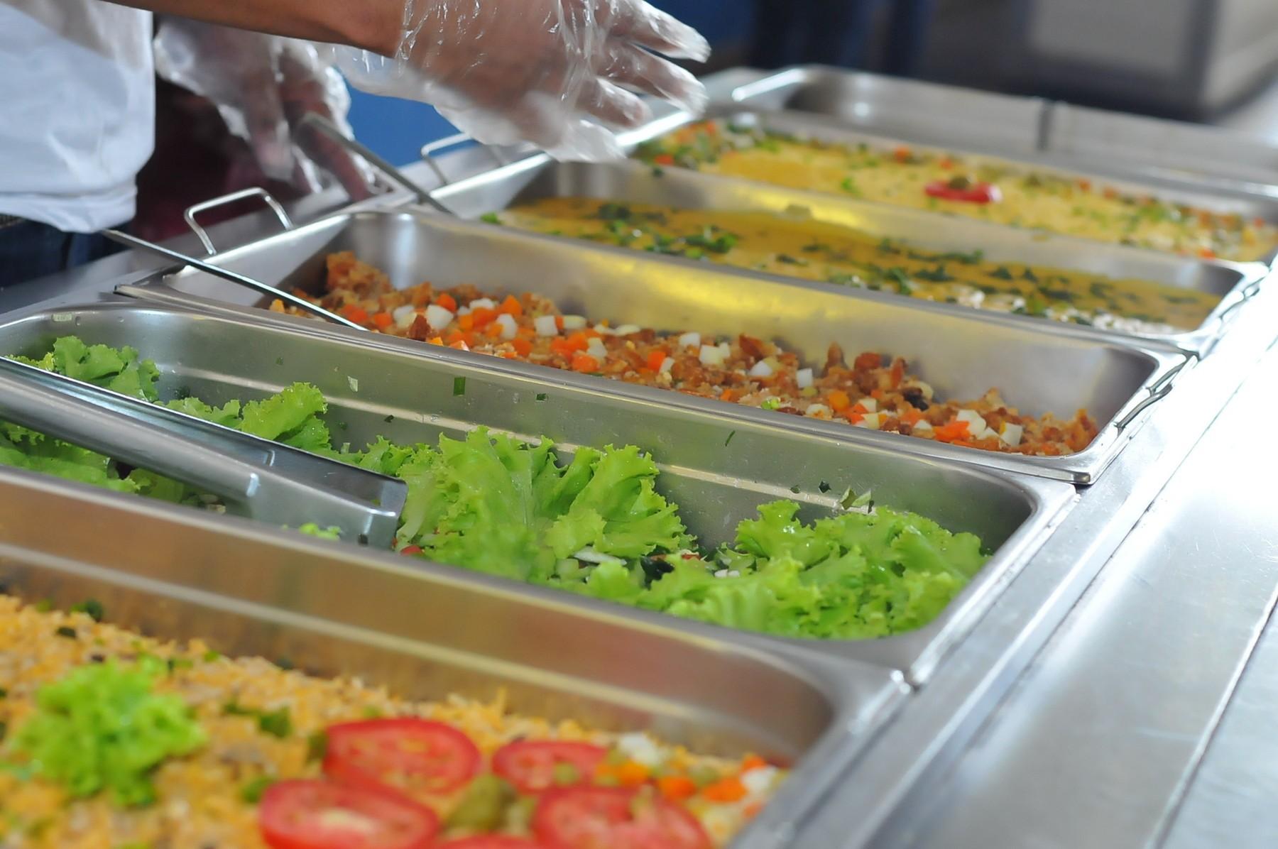 Seduc seleciona empresas para fornecer vale-alimentação aos alunos da rede pública
