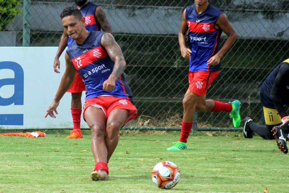 ... Bangu retorna a Pinheiral para preparação para a Taça Rio — Foto  João  Carlos Gomes f18b032e91ae4