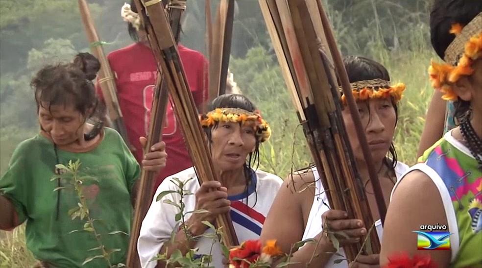 Índios Awá-Guajá vivem em uma região já demarcada, mas temem invasões de fazendeiros e posseiros — Foto: Arquivo/TV Mirante