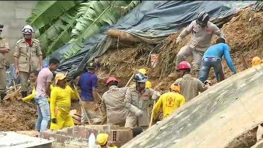 Buscas a corpos de crianças soterradas já duram mais de 40 horas