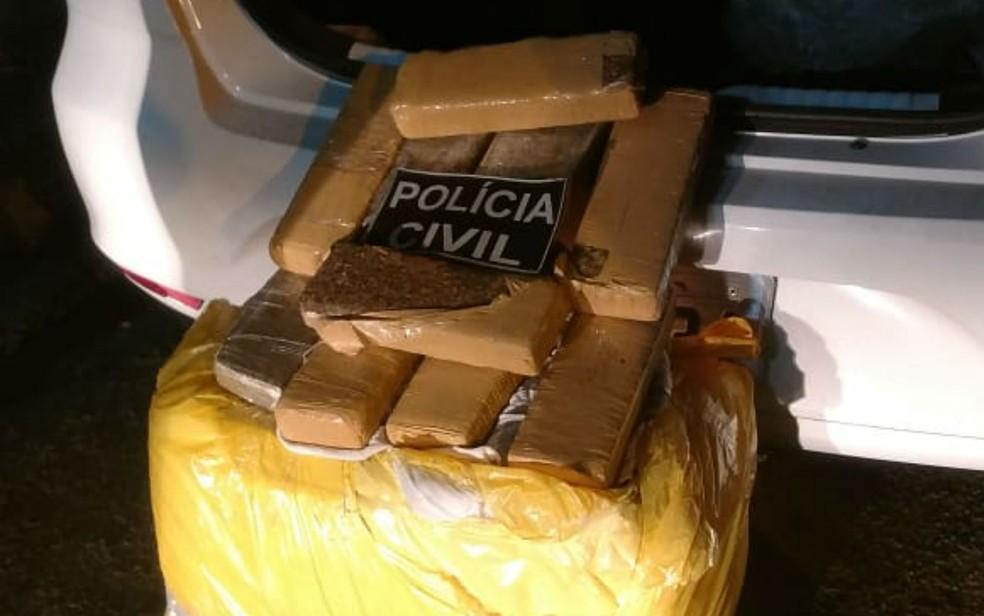 Maconha paraguaia era usada como moeda de troca por carros roubados na Bahia (Foto: Divulgação/Polícia Civil)