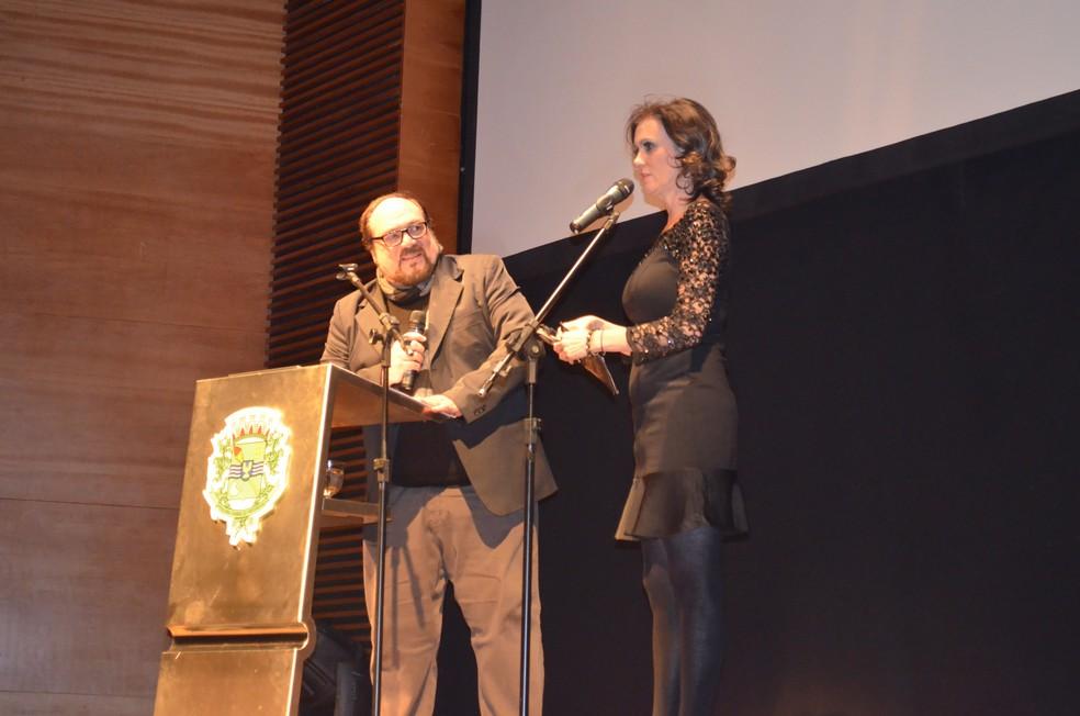 Márcia Cabrita e Rubens Ewald Filho em foto de 2014 — Foto: Roberta Steganha/ G1