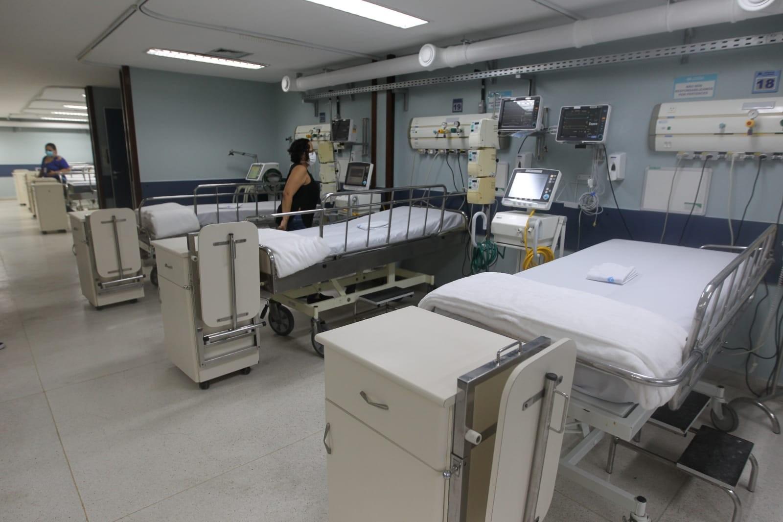 Secretário de Saúde relata baixa procura de médicos para vagas em UTIs na Bahia: 'Depois dizem que tem médicos sobrando'