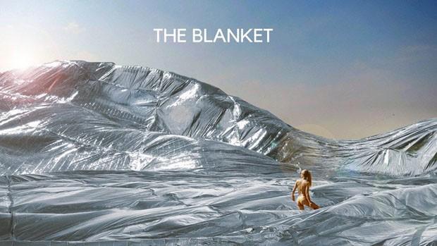 Arquiteto cria cobertor prateado gigante para o Burning man de 2018 (Foto: reprodução)