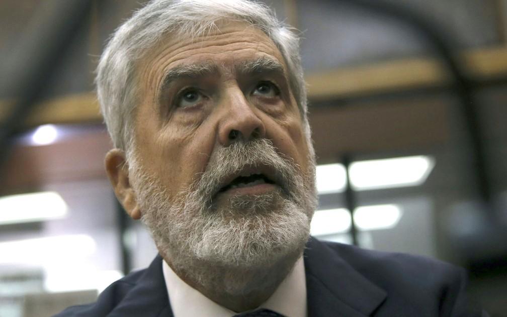 O ex-ministro argentino do Planejamento Federal Julio De Vido, em foto de 27 de setembro. Ele é um dos réus no processo que inclui Cristina Kirchner — Foto: Hugo Villalobos/Noticias Argentinas/AFP