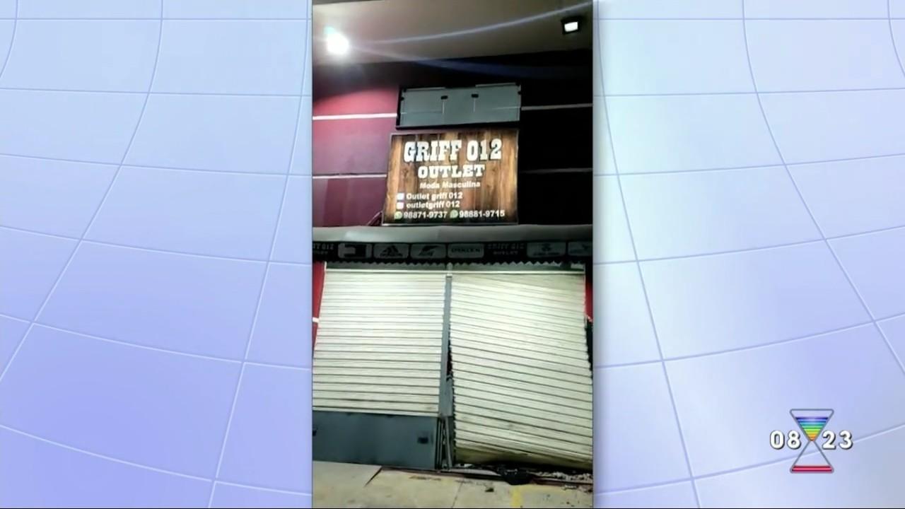 Criminosos furtam loja em São José dos Campos