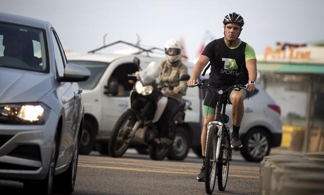 Octavio convive diariamente com o trânsito caótico do Rio