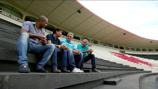 O craque, o torcedor, o algoz: Globo Esporte recorda histórias do estádio