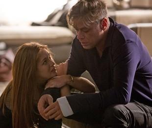 Fabio Assunção e Marina Ruy Barbosa em cena como Arthur e Eliza em 'Totalmente demais | Globo