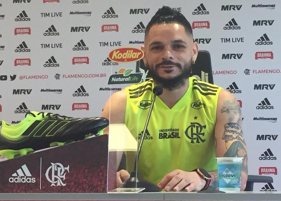 d1aa581ed Prestes a completar 200 jogos pelo Flamengo