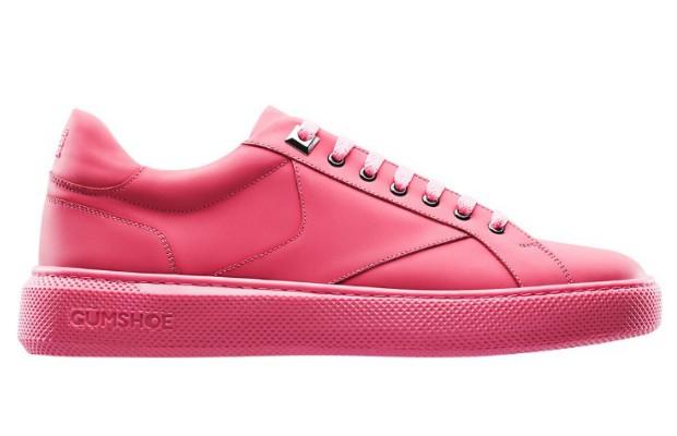 Gumshoe, tênis feito com chiclete reciclado. Sapato será vendido por 190 euros (aproximadamente R$ 800)  (Foto: Divulgação)
