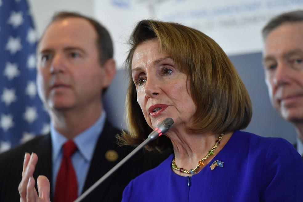 Nancy Pelosi, presidente da Câmara dos Representantes dos EUA, lidera ofensiva da oposição contra muro de Donald Trump — Foto: Emmanuel Dunand/AFP