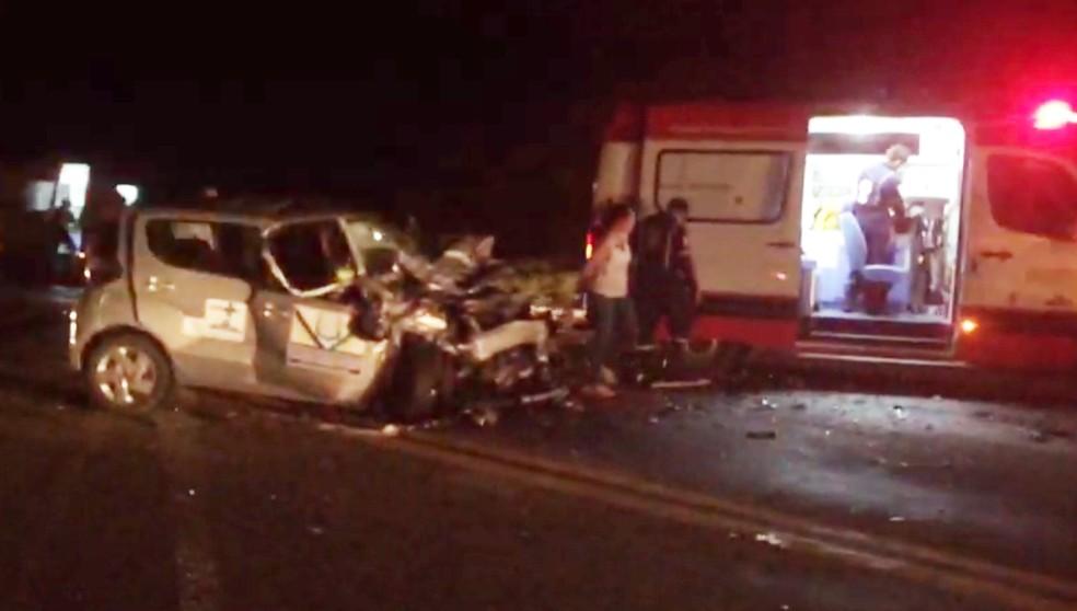 Uma das vítimas foi socorrida em estado grave (Foto: Hugo Andrade/Inter TV Costa Branca)
