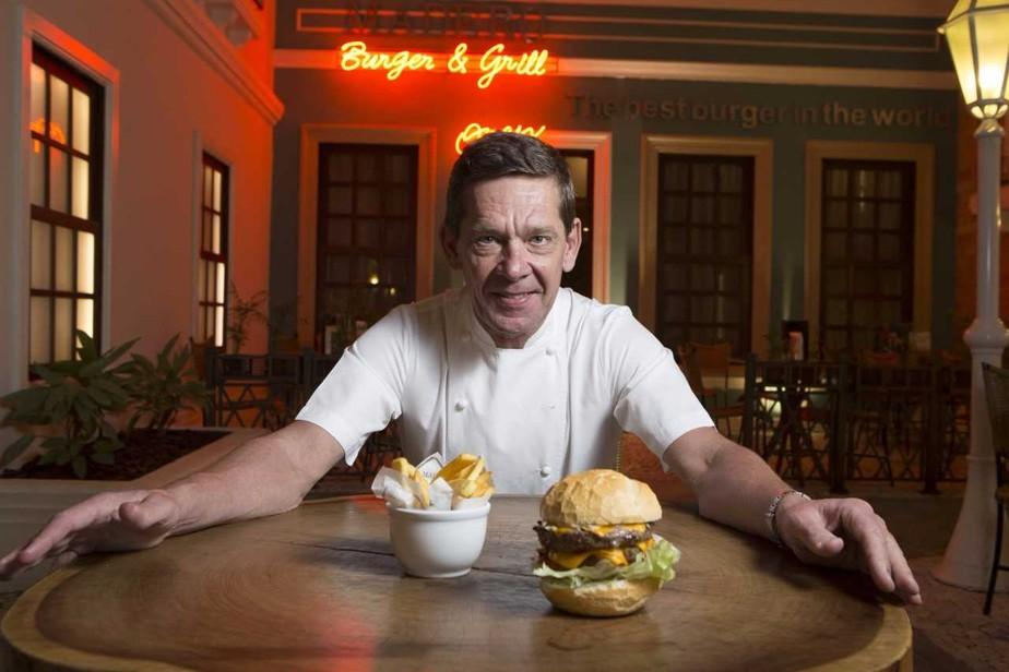 Chef Júnior Durski, que provou alguns dos melhores hambúrgueres do mundo, elogia competição do 'Mais Você': 'Alto nível'