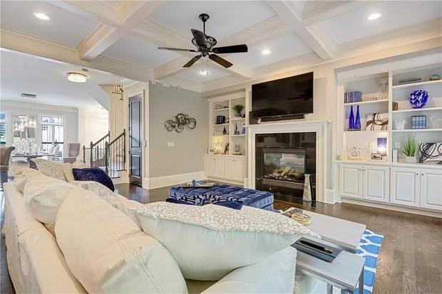 Casa de Bobbi Kristina, filha de Whitney Houston, é colocada à venda (Foto: Reprodução / Zillow)