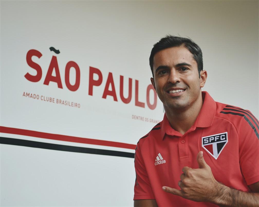 Eder tem contrato de duas temporadas com o São Paulo — Foto: Erico Leonan/saopaulofc.net