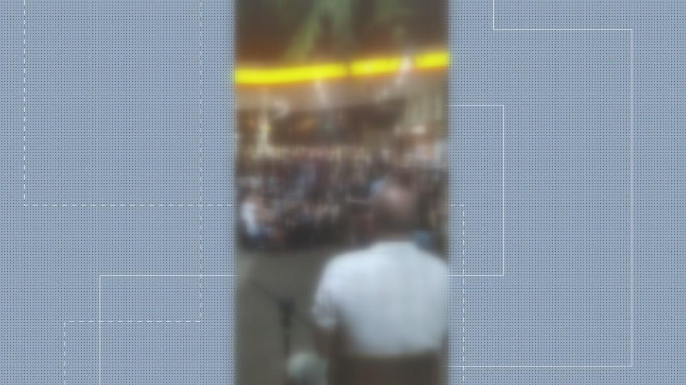 Justiça interdita loja em posto de combustíveis após show com mais de 200 pessoas, em Salto do Lontra