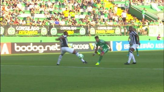 Chapecoense 1 x 0 Ceará: assista ao gol e aos melhores momentos da partida