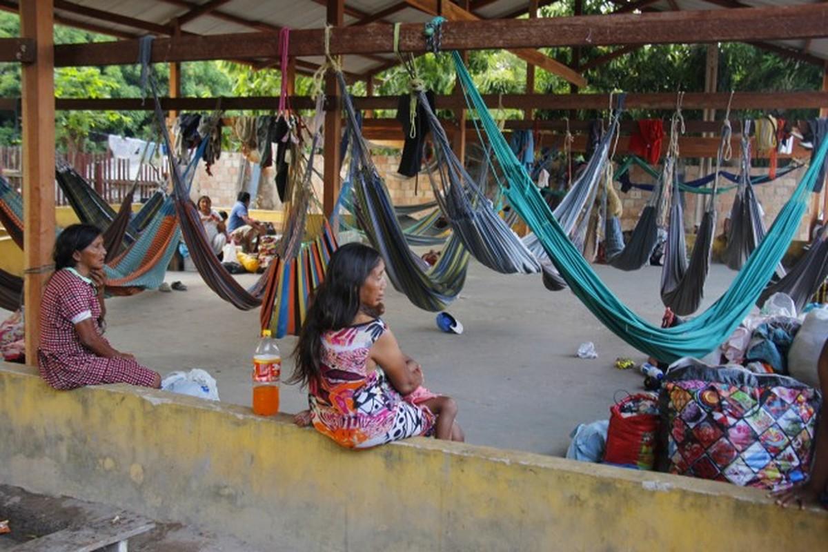 Indígenas venezuelanos são levados para abrigo em dia de missão dos Direitos Humanos em Belém