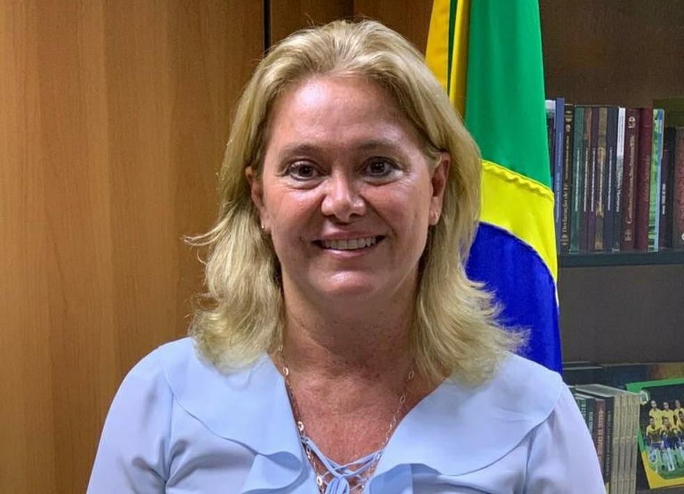 A nova presidente da Capes, Cláudia Mansani Queda de Toledo — Foto: Twitter do ministro Milton Ribeiro