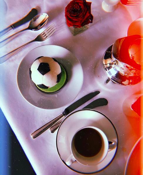 O café da manhã de Natalia Vodianova antes da cerimônia de encerramento da Copa do Mundo 2018 (Foto: Reprodução/Instagram)