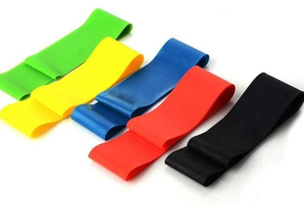 Faixas elásticas são usadas para realizar exercícios e alongamentos  (Foto: Foto: Reprodução/Amazon)