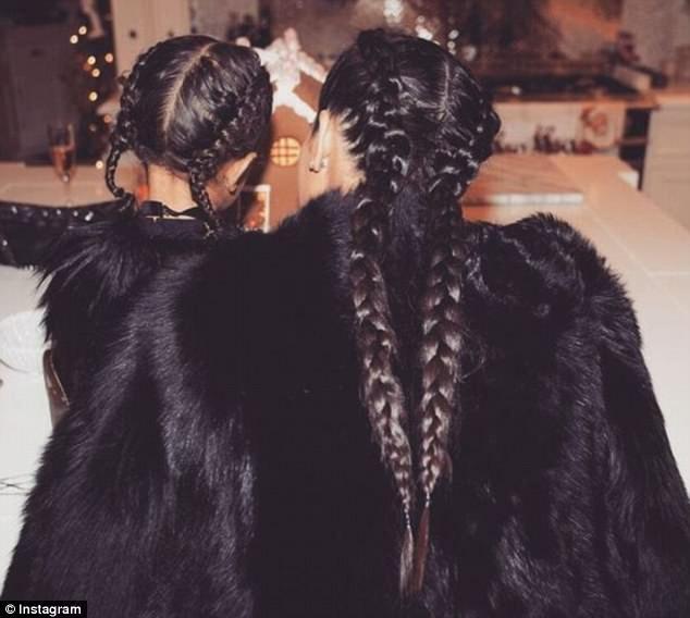 North West e Kim Kardashian (Foto: Instagram)