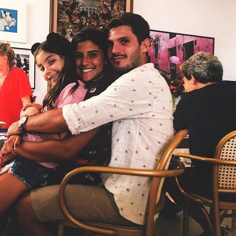 Olivia, Giulia Costa e namorado (Foto: Reprodução Instagram)
