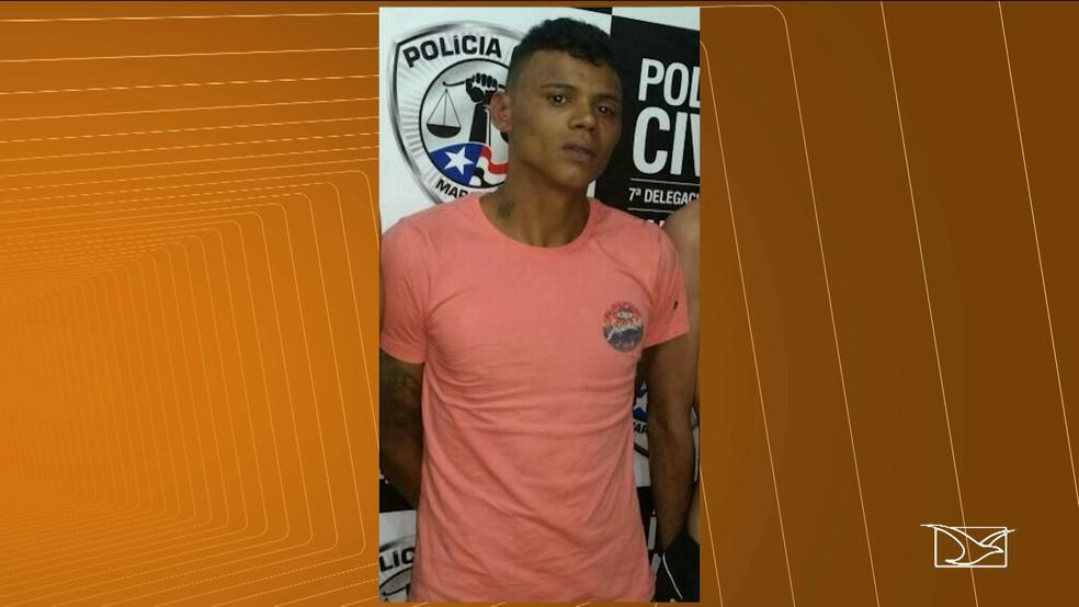 De acordo com a polícia, Thalisson da Silva Santos é suspeito de participar de um homicídio em Santa Inês.  (Foto: Reprodução/TV Mirante)
