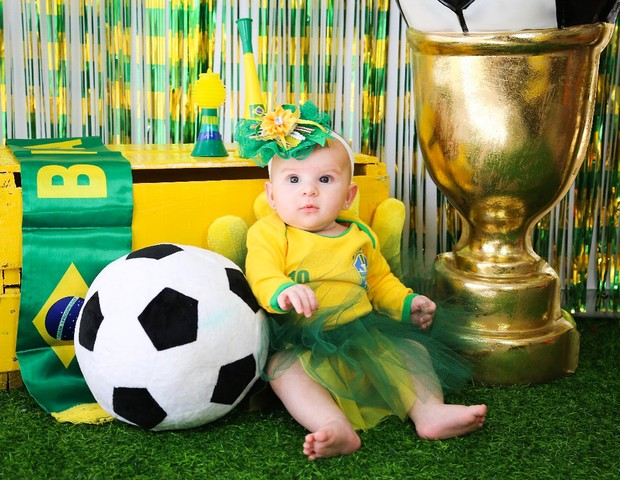 Ensaio Copa do Mundo (Foto: Reprodução Instagram/Jade Felix Foto)
