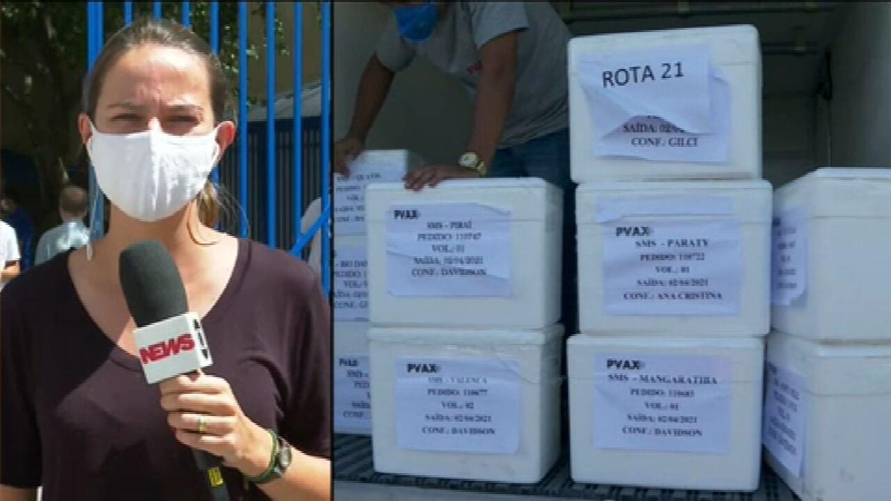 Fiocruz entrega mais 1,3 milhão de doses de vacina Oxford/AstraZeneca ao governo